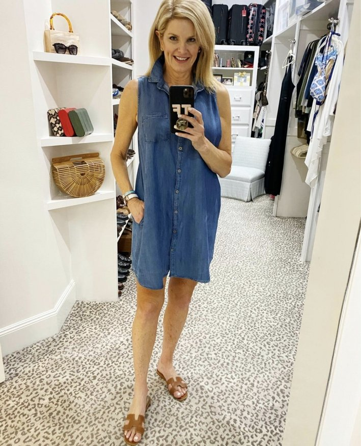 tanya foster in chambray button up shirt dress and hermes sandals