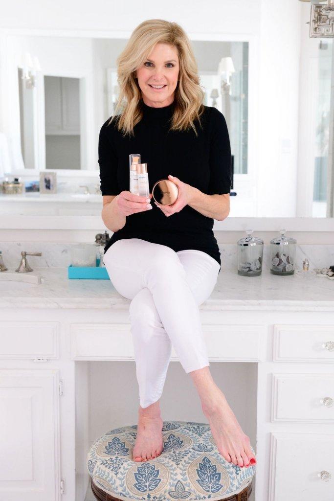 tanya foster holding SeroVital beauty products